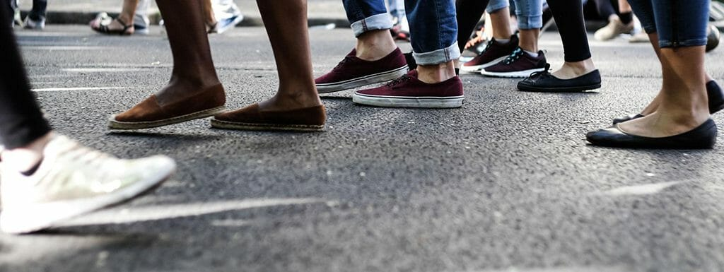 Best Shoes for Walking on Concrete 2020 – Reviews & Buying Guides