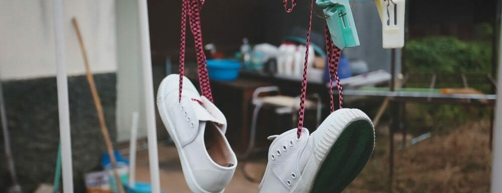 How to Dry Shoes Fast: 5 Easy Methods